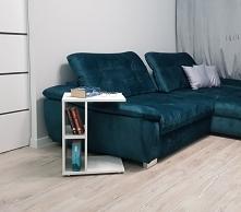 Fenomenalny mebel z wieloma funkcjami, urzeka swoją prostotą, stolik posiada dwa blaty górny o wymiarach 35cm x 45cm oraz dolny o wymiarze 27cm x 35cm, jak również dwie otwarte ...