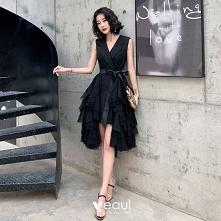 Piękne Czarne Sukienki Kokt...