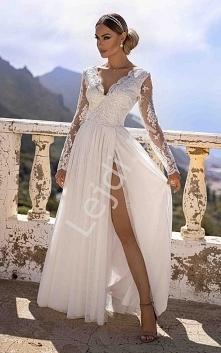 Długa biała suknia ślubna A...