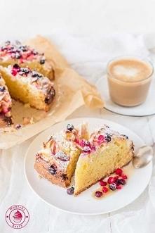 Ciasto z twarogiem i owocam...