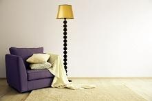 Model lampy stojącej BANGKOK MIRROR to propozycja, która dedykowana jest wszystkim miłośnikom ponadczasowego i oryginalnego wzornictwa. Subtelny stożkowy abażur połączony jest z...