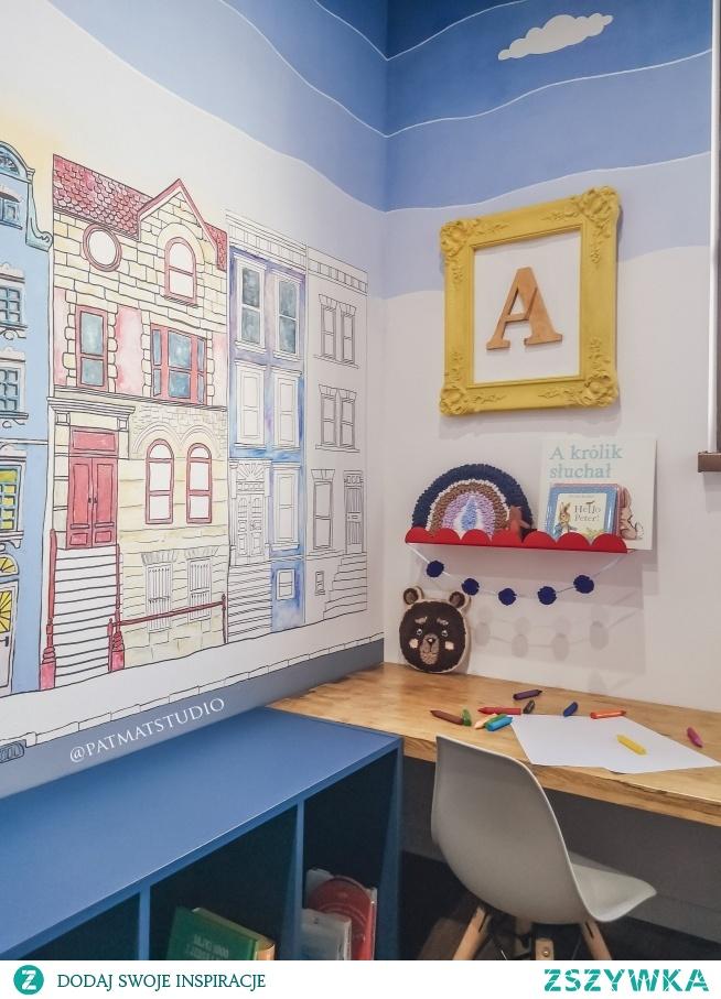 Pokój mojego syna. Ściany malowałam sama. Wszystkie dekorację też są diy Więcej na @patmatstudio
