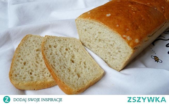 Chleb orkiszowy, Bardzo fajny przepis na chleb orkiszowy. Zaletą jego jest bardzo mały nakład pracy. Nie będę wspominać o całym szeregu zalet mąki orkiszowej. Chleb jest po prostu bardzo zdrowy i bardzo smaczny.