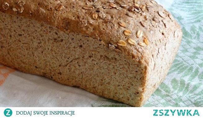 Chleb pszenno–żytni na drożdżach. Pyszny chlebek z chrupiącą skórką niezastąpiony do masełka na śniadania. Zapraszam na kanał YouTube, gdzie pokazujemy, jak zrobić ten pyszny chleb.