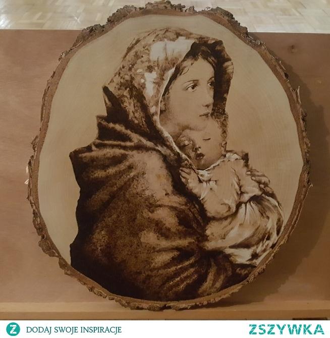 Matka boska z dzieciątkiem na brzozowym plastrze