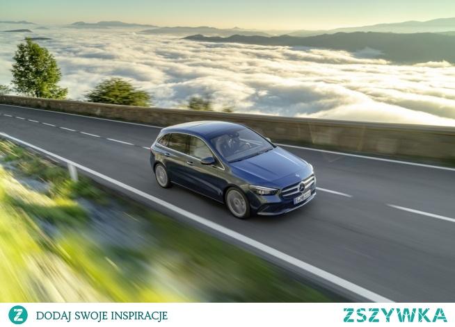 Z czym kojarzy Ci się taki model jak Mercedes B klasa? Kompaktowe, 5-drzwiowe nadwozie? Zgadza się. Przestronne wnętrze? Tak. Dobra widoczność z miejsca kierowcy? Jak najbardziej! To co, może chcesz się nim przejechać?