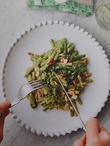 """Jamie Oliver """"Wege"""" - zapiekany makaron z brokułami, szpinakiem i serem <3"""