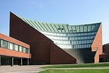 Budynek Uniwersytetu w Hels...