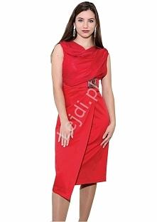Czerwona elegancka sukienka...