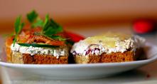 Domowy chleb żytni z twarogiem