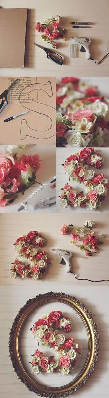 litera z kwiatów