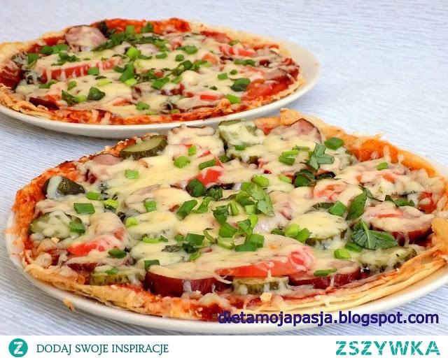Pizza szybka, smaczna i bardzo łatwa.