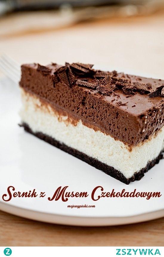 sernik czekoladowy z białym musem