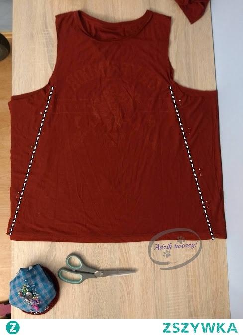 Jak uszyć bluzkę trapezową, wykorzystując do tego za duże ubrania (np. męski t-shirt)?  Instrukcje krok-po-kroku na szycie i przerabianie znajdziesz po KLIKnięciu w zdjęcie oraz na blogu Adzik-tworzy.pl