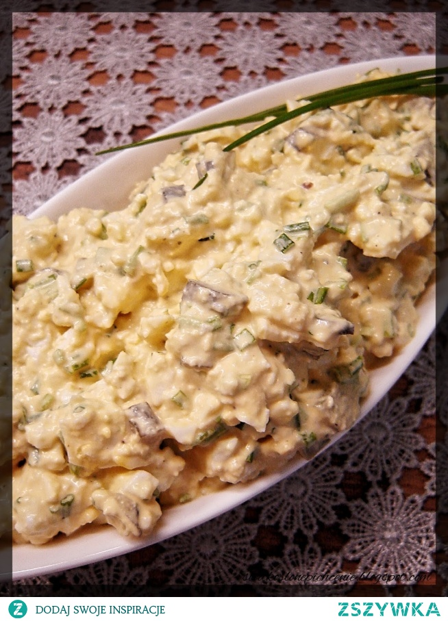 Pasta jajeczna z kiszonym ogórkiem