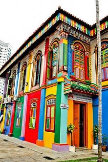 Kolorowa zabudowa w Singapu...
