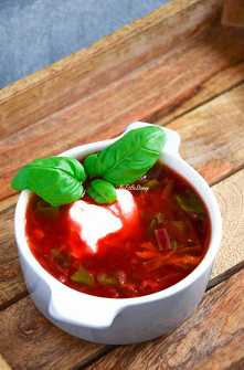 Zupa z botwinki - rodzinny przepis FIT. Przepis po kliknięciu w zdjęcie.