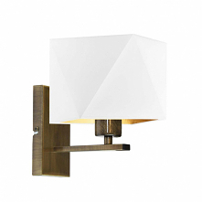 Lampa ścienna DALLAS GOLD to klasyczna kompozycja diamentowego abażura oraz metalowego stelaża. Klosz lampy został wykonany z wysokogatunkowej tkaniny holenderskiej, ale to co g...