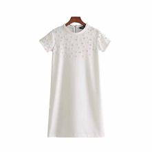 Sukienka biała z perełkami