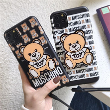 モスキーノmoschino iphone 11/11 ...