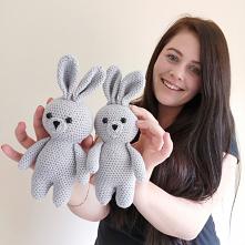 A może ty chcesz się nauczyć szydelkować? Stworzyłam kurs wraz z wszystkimi potrzebnymi materiałami do stworzenia takiego króliczka. Więcej na fb i insta @nessing_handmade