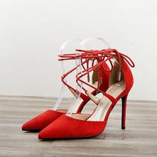 Piękne Czerwone Zużycie uli...
