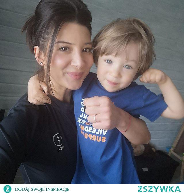 Wspólne rodzinne ćwiczenia to nie tylko dbanie o zdrowie i sprawność naszych dzieci, to także świetna zabawa!