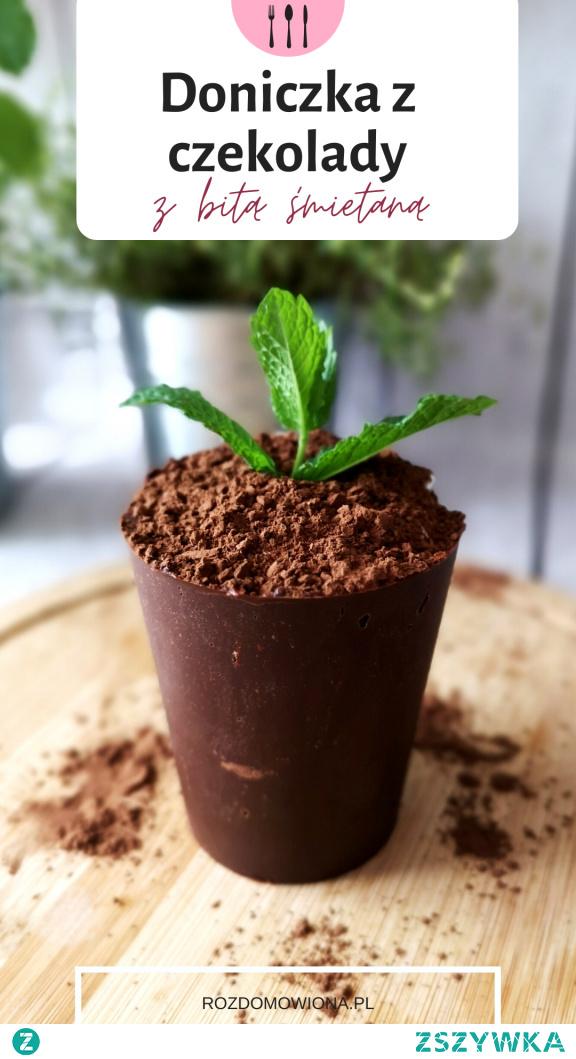 Spektakularny deser - banalnie prosty, czyli doniczka z czekolady z kremem i konfiturą w środku. Przepis po kliknięciu