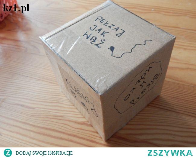 Kostka do zabaw ruchowych dla dzieci. Jak zrobić ją w domu?