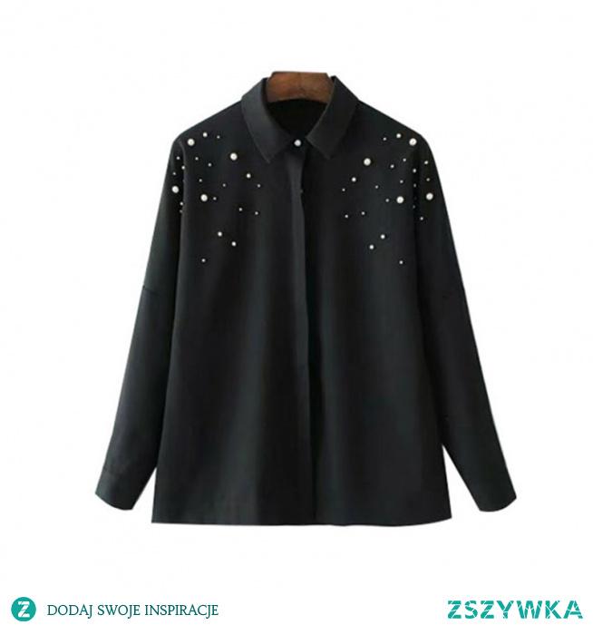 Czarna koszula ze zdobieniami