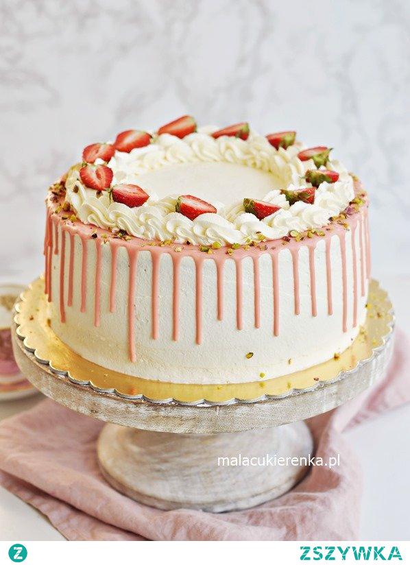 Tort TRUSKAWKOWY z kremem jogurtowym i DRIP CAKE. Przepis po kliknięciu w zdjęcie.