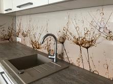 Panel dekoracyjny MDF, wzór R 32.  Alternatywa dla szkła oraz glazury. Panel umieszczany między szafkami w kuchni.