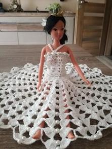 sukienka dla Barbie