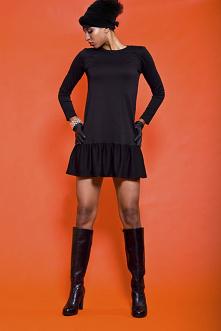 Sukienka z falbaną - czarna...