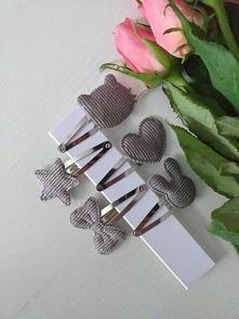 Sprzedam zestaw 5szt spineczek za 10zł +kw. Po więcej informacji zapraszam na maila diana.augustyn@onet.pl