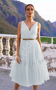 Biała sukienka midi tiulowa...