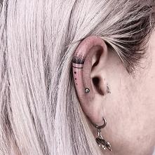 Tatuaż na uchu