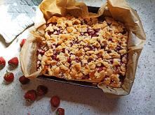 Ciasto na maślance z owocami