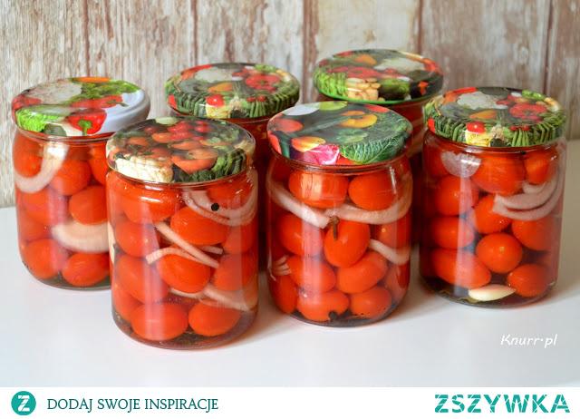 Przepis na pomidorki w zalewie według Bułgarskiej receptury.