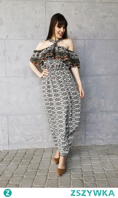 Sukienka Typu Hiszpanka Z zapięciem na Szyi