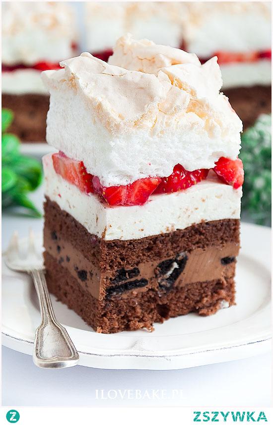 Ciasto oreo z truskawkami i czekoladą
