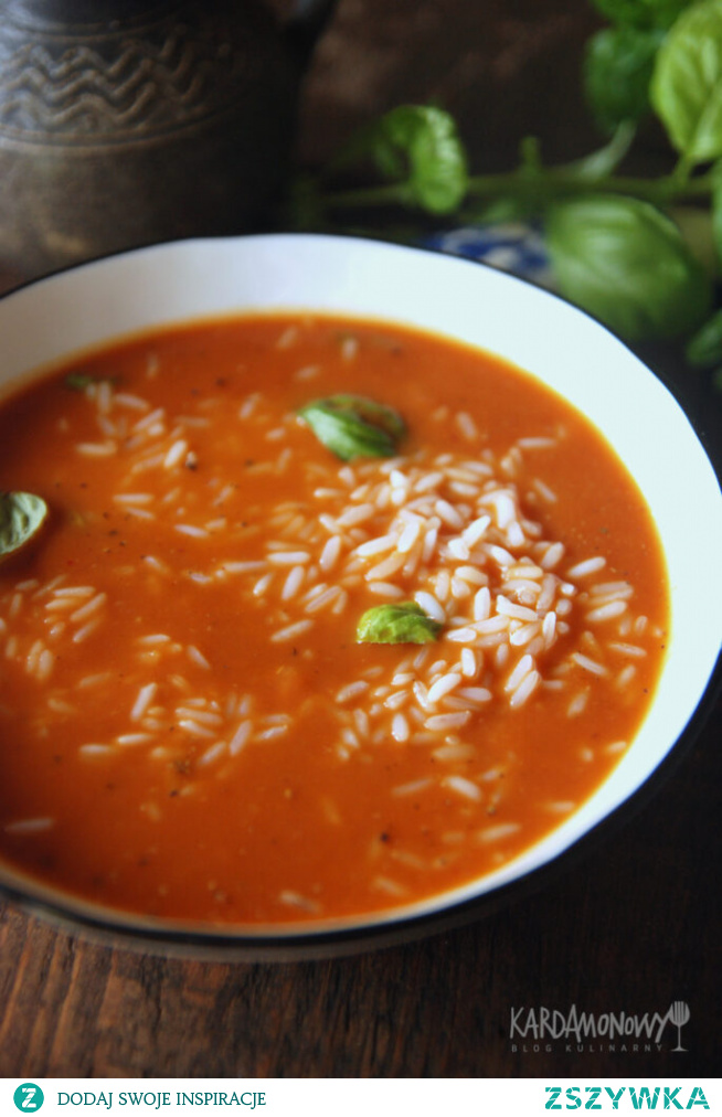 Gęsta zupa pomidorowa z ryżem