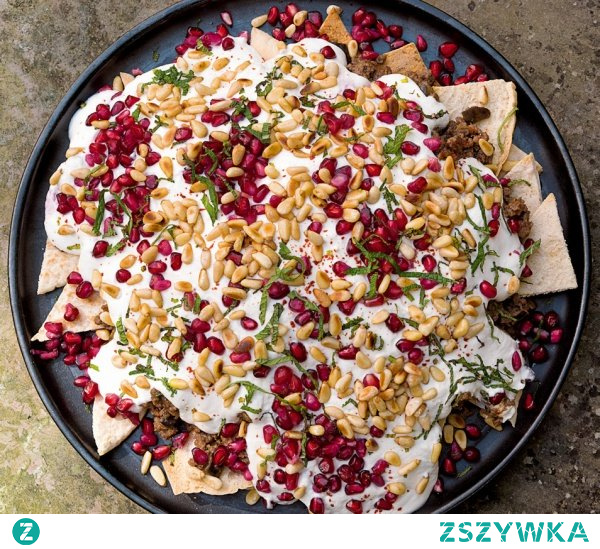 BEEF AND AUBERGINE FATTEH by Nigella [klik]