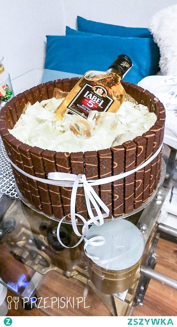 Tort Słonecznikowy w Kształcie Beczki – Idealny na Urodziny