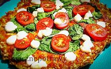 ZDROWA PIZZA OWSIANA Proponuję pomysł na dietetyczną, szybką do zrobienia oraz zdrową pizzę owsianą. Można jeść pizzę z wieloma składnikami, dzięki czemu nie przestaje się nudzi...