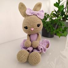 króliczek idealny dla małej księżniczki  IG: @my.bunny_handmade #krolik #zabawka #dziecko #maluch #mama #ksiezniczka #prezent #corka #dekoracje #pokojdziecka #sypialnia
