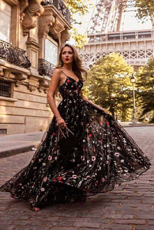 ...  #suknia #moda #sukniabalowa