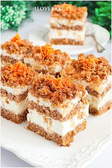 Hawajskie ciasto marchewkowe