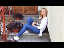 DIY farbowanie jeansów na granatowo w domowych warunkach
