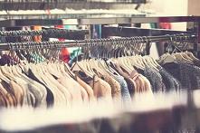 Chłodne poranki z pewnością sprawiają, że letnie sukienki i krótkie spodenki powędrują na dno szafy. Nadchodzi czas płaszczy, swetrów i niewątpliwie pełnych butów. Jaka powinna ...